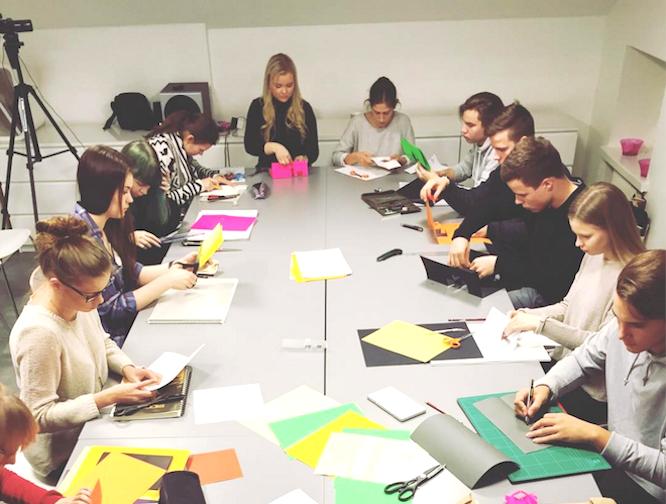 Kevään mittainen Midi-kurssi valmentaa taitosi huippuunsa arkkitehtuurin, muotoilun ja taidealojen pääsykokeita varten.