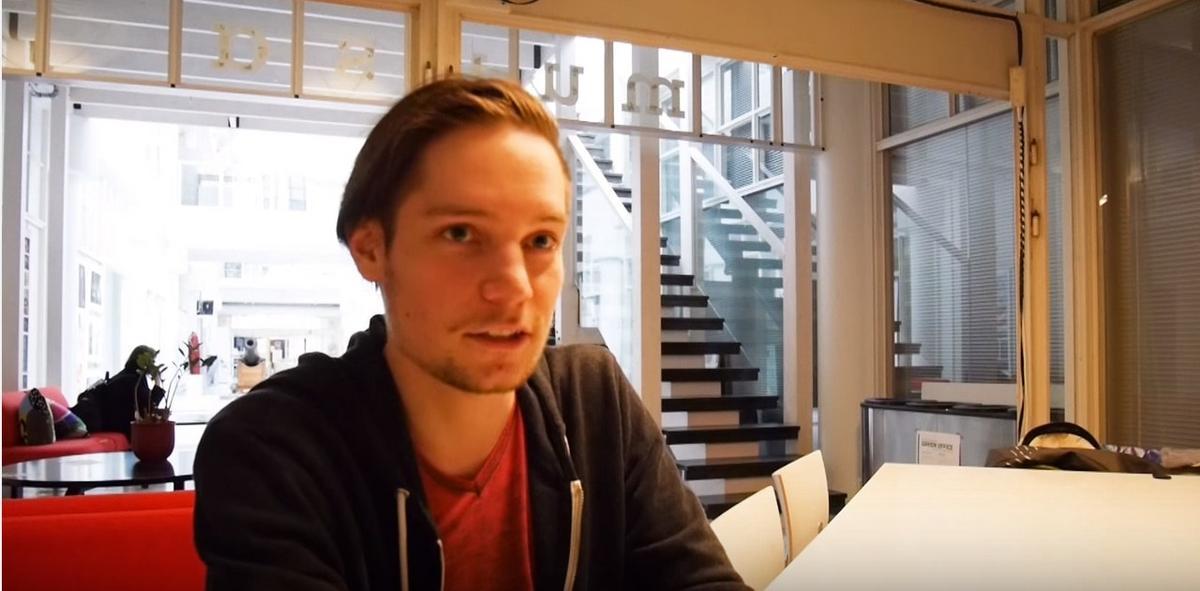 Roberto Aarnio, Graafisen suunnittelun opiskelija