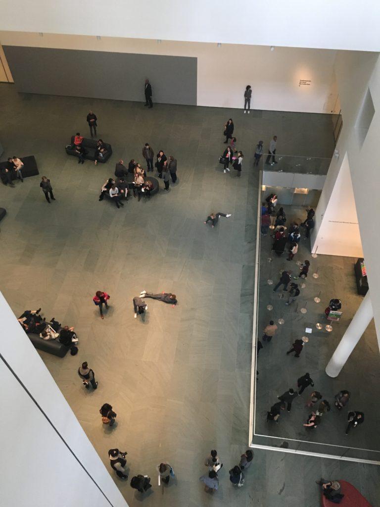 MoMA, Museum of Modern Art, New York, performanssi, sisätila